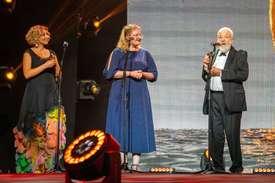 Дебют головної премії «Золотий Дюк» на церемонії нагородження 10-го кінофоруму в Одесі.