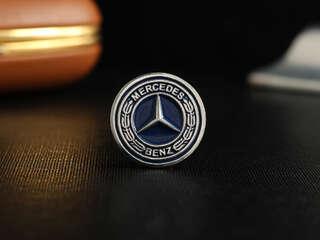 """Значок """"Mercedes"""""""